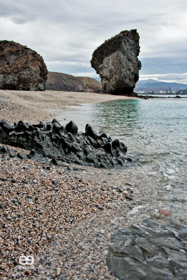 playa-de-los-muertos-3