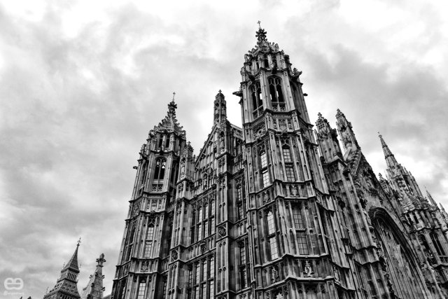 Houses-of-Parlament