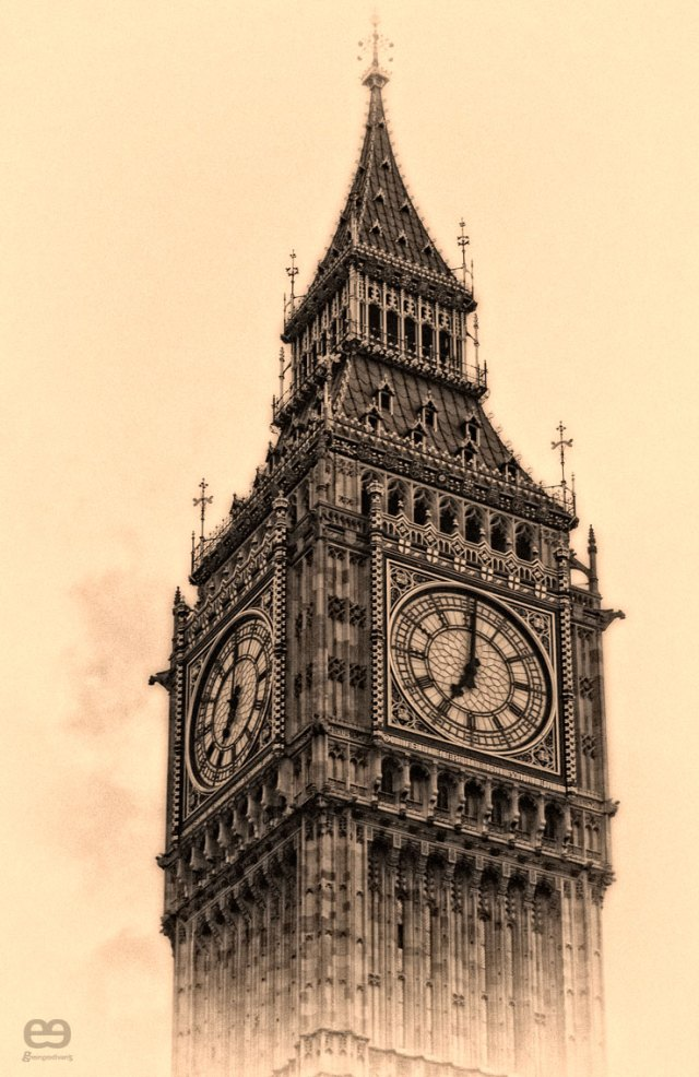 Old-fashioned-Big-Ben-1