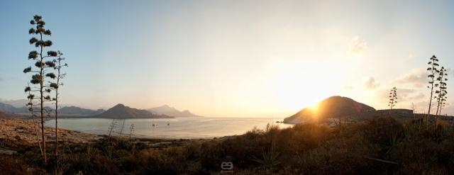 Panorama de la Bahía de los Genoveses 2