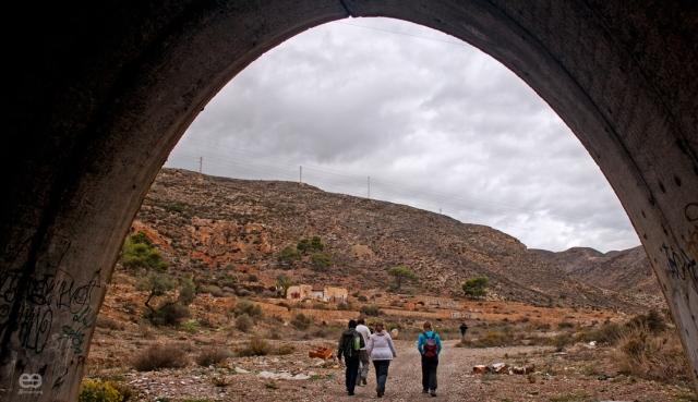 y-al-final-del-tunel