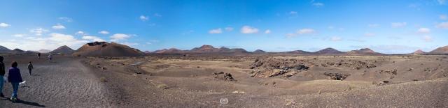 Caminando-hacia-el-Volcan