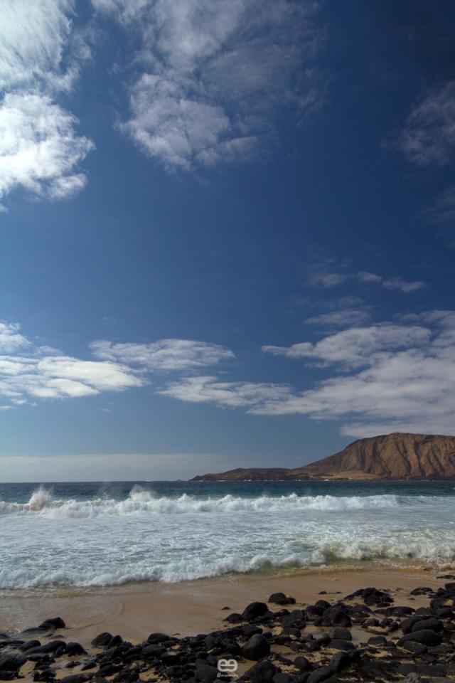 tres, mar, cielo y roca_1